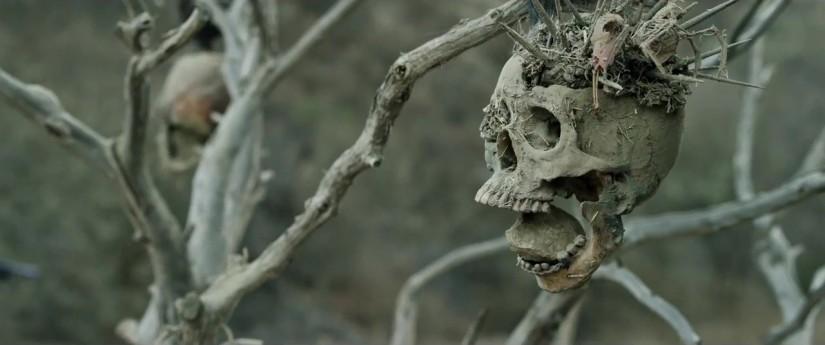 Bone-Tomahak-still